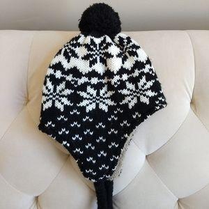 Snowflake Hat Ear Flap Pom Pom Knit Black White